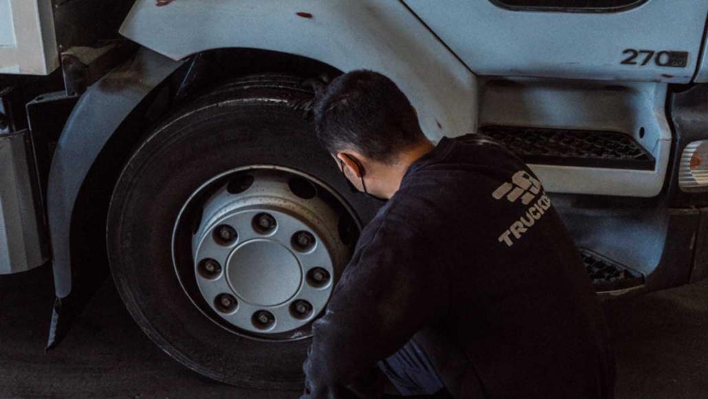 mantenimiento-de-camiones